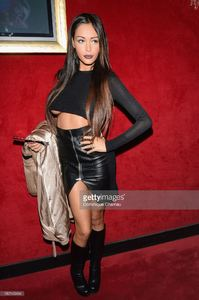 nabilla-benattia-attends-the-jean-paul-gaultier-show-as-part-of-the-picture-id182143464.jpg