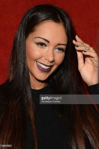 nabilla-benattia-attends-the-jean-paul-gaultier-show-as-part-of-the-picture-id182143532.jpg