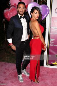 personality-nabilla-benattia-and-guest-attend-the-karma-international-picture-id176729070.jpg