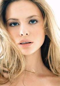 000000063134-dasha_pastoukhova-modelprofileMainPicCropped.thumb.jpg.fcc7e91b985bdda1b4e727bb6b399552.jpg