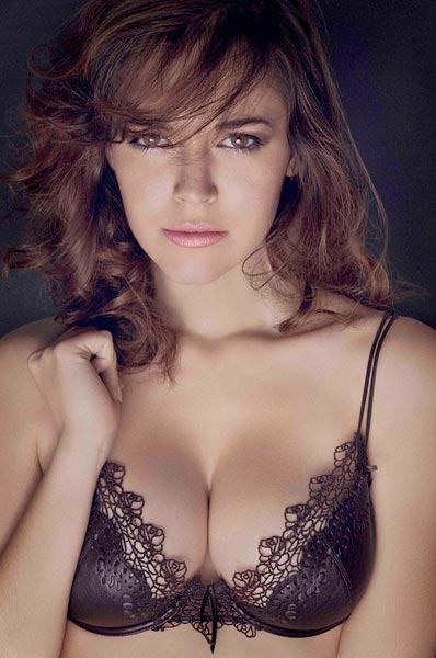 Fanny Beladona Nude Photos 22
