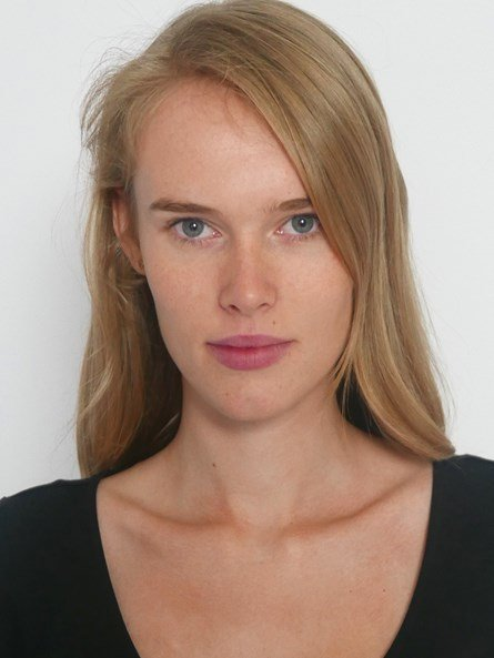 Anne den Outer pola.jpg