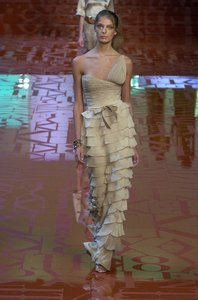 Valentino SS05 show CC 073.jpg