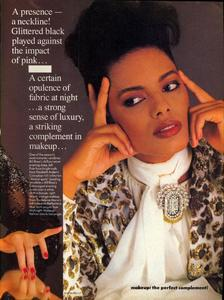 Blanch_Vogue_US_September_1984_08.thumb.jpg.54b395b9720914da3c33e35f9886dff1.jpg