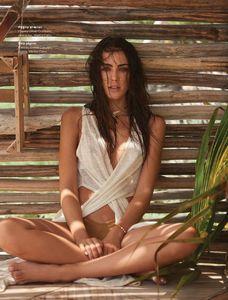Daniela_Botero-Maxim_Mexico_June2017-04.thumb.jpg.e0bdff951e6c078cf07c00b9cd557e57.jpg