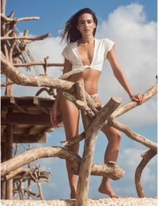 Daniela_Botero-Maxim_Mexico_March2016-02.thumb.jpg.f850fedc9fbc526ea94852275d485f93.jpg