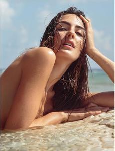 Daniela_Botero-Maxim_Mexico_March2016-06.thumb.jpg.4b303b88871c597c380fb6f989403c3b.jpg