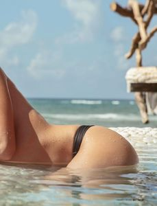 Daniela_Botero-Maxim_Mexico_March2016-08.thumb.jpg.410057703a7093987f922f9d2acf61af.jpg
