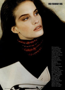 Metzner_Vogue_US_November_1987_05.thumb.jpg.3446e5758c97cb60faf6f3c3e9a928af.jpg