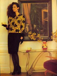 Metzner_Vogue_US_September_1984_04.thumb.jpg.92da4fcf99c47b385af5658aa8a45c28.jpg