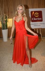 Tatiana_Kucharova _-_ Volba_Miss_CR_2009_08.thumb.jpg.d59ae9f6ce6f5ed113a4dccb3aac869a.jpg