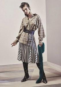 Vogue-Australia-July-2017-Lera-Abova-by-Jason-Kibbler-3.jpg