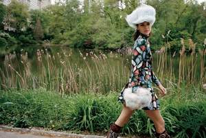 Vogue-US-July-2017-Kendall-Jenner-by-Theo-Wenner-04.jpg