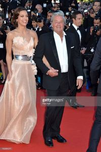 alain-delon-and-marine-lorphelin-attend-the-premiere-of-zulu-and-the-picture-id169581017.jpg