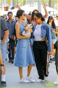 kendall-kylie-jenner-spend-fathers-day-at-car-show-with-caitlyn-06.jpg