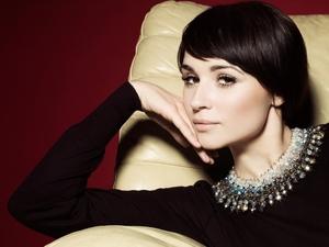 kinopoisk.ru-Emma-Pierson-1806609.jpg