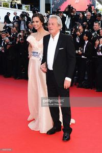 marine-lorphelin-and-actor-alain-delon-attend-the-premiere-of-zulu-picture-id169515116.jpg