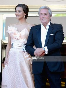 marine-lorphelin-and-actor-alain-delon-attend-the-premiere-of-zulu-picture-id169515127.jpg