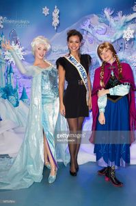 marine-lorphelin-attends-the-christmas-season-launch-at-disneyland-picture-id187547814.jpg