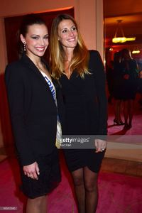 miss-france-2013-marine-lorphelin-and-miss-france-1998-sophie-attend-picture-id165412990.jpg