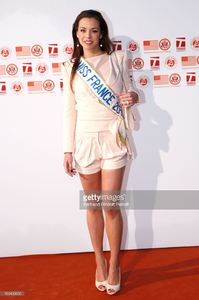 miss-france-2013-marine-lorphelin-attends-annual-photocall-for-roland-picture-id169439650.jpg