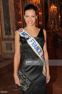 miss-france-2013-marine-lorphelin-attends-the-gala-dinner-of-david-picture-id160715427.jpg
