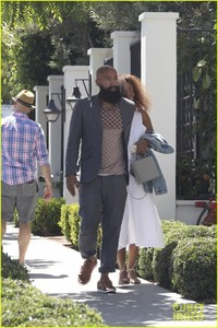 solange-knowles-lunch-gracias-madre-alan-04.jpg