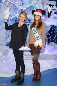 sylvie-tellier-and-marine-lorphelin-attend-the-christmas-season-at-picture-id187496507.jpg