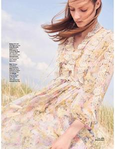Grazia UK Issue 635 10 July 2017 FreeMags.cc-page-009.jpg
