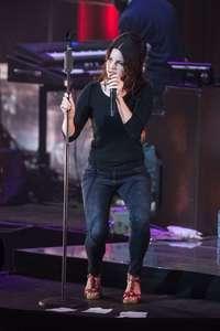 Lana-Del-Rey-Performs-at-O2-Academy-Brixton--08.jpg