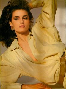 Comte_Vogue_US_March_1983_05.thumb.jpg.e46f64a60a9829f71d84456c2262b553.jpg