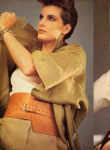 Comte_Vogue_US_March_1983_09.thumb.jpg.0e9c3867f8c1ed03c843520f883bc3cc.jpg