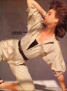 Comte_Vogue_US_March_1983_10.thumb.jpg.f20a2f04feafbdcf37c8d38aa2f2d74d.jpg