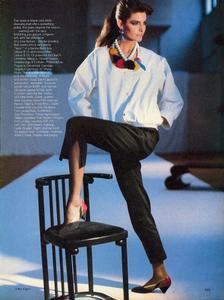 Elgort_Vogue_US_March_1982_02.thumb.jpg.4e586e3d842466075bedd7389a8ba2b3.jpg