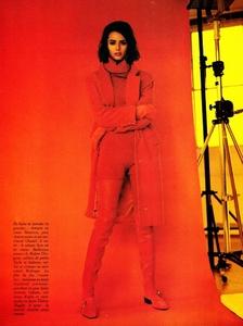 Glamour_France_Sept_1990_31.thumb.jpg.3cfcc67436cdffe031c47c3ed1cf273f.jpg