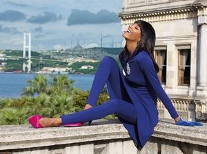 Jourdan-Dunn-Vogue-Arabia-July-August-2017-Cover-Photoshoot07.jpg