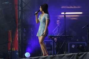 Lana-Del-Rey-Performs-at-Lollapalooza--12.jpg