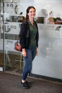 Lana-Del-Rey-at-BBC-Radio-1-Studios--09.jpg