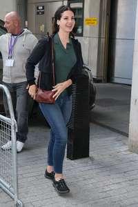 Lana-Del-Rey-at-BBC-Radio-1-Studios--12.jpg