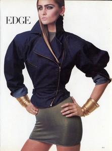 Meisel_Vogue_US_April_1986_02.thumb.jpg.8d9f51db2556c21a53e443f837b259fa.jpg
