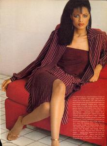 Piel_Vogue_US_April_1982_02.thumb.jpg.fe548292878b05844e906f926f75d76f.jpg