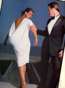 Varriale_Vogue_US_November_1982_10.thumb.jpg.a761cf351a755593e73145f81b9c25bb.jpg