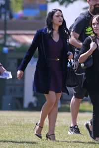 camila-mendes-filming-riverdale-in-vancouver-july-11-2017-2.thumb.jpg.9f52476593cf50a3721a16e1fefceb77.jpg
