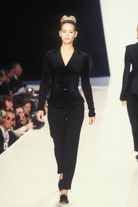 donna-karan-fw-1995-3.thumb.jpg.6de5558859bba8dd07e68f78d89b8be9.jpg