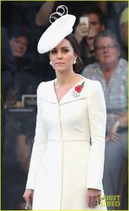 kate-middleton-prince-william-last-post-ceremony-10.jpg