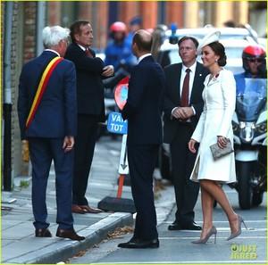kate-middleton-prince-william-last-post-ceremony-16.jpg