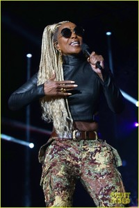 mary-j-blige-says-divorce-from-kendu-isaacs-has-been-hell-02.jpg