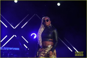 mary-j-blige-says-divorce-from-kendu-isaacs-has-been-hell-04.jpg