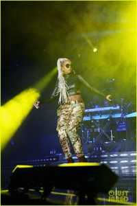 mary-j-blige-says-divorce-from-kendu-isaacs-has-been-hell-10.jpg