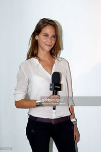 ophelie-meunier-attends-the-rentree-de-france-televisions-at-palais-picture-id454229698.jpg